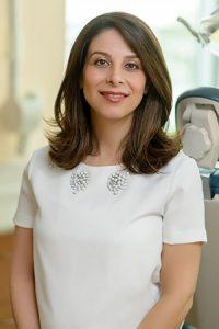 Dr Pouneh Hanjani